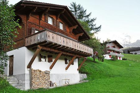 3 bedroom villas and houses to rent in Switzerland. Detached house – Interlaken, Bern District, Switzerland