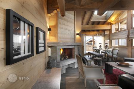 Residential to rent in Courchevel. Villa – Courchevel, Auvergne-Rhône-Alpes, France