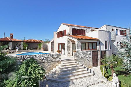 3 bedroom villas and houses to rent in Istria County. Detached house – Rakalj, Istria County, Croatia