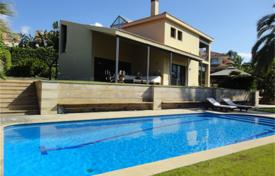 5 bedroom houses by the sea for sale in Catalonia. Villa – Alella, Catalonia, Spain