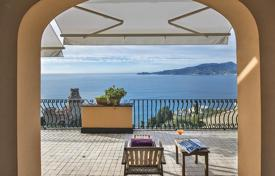 3 bedroom apartments for sale in Liguria. Apartment – Zoagli, Liguria, Italy