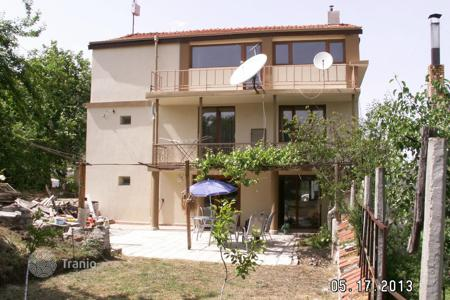 Cheap houses for sale in Yambol (city). Townhome – Yambol (city), Yambol, Bulgaria