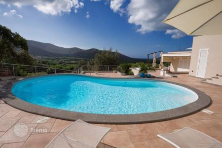 Luxury houses for sale in Punta Ala. Villa – Punta Ala, Tuscany, Italy