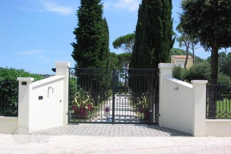 Luxury residential for sale in Ravenna. Villa – Cervia, Ravenna, Emilia-Romagna,  Italy