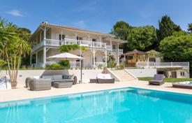 6 bedroom houses for sale in Cannes. CANNES CALIFORNIE BEAUTIFUL COLONIAN STYLE VILLA