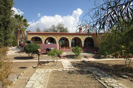 Residential for sale in Anarita. 3 Bed Detached Bungalow on Large Plot Anarita