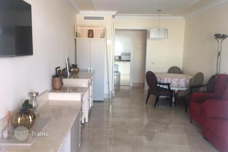 Residential for sale in Puerto Banús. Fully renovated two-bedroom apartment in a building with communal pool and parking in the center of Puerto Banus, Marbella