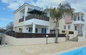 3 bedroom houses for sale in Konia. Lovely 3 Bed Detached Comm Pool Konia