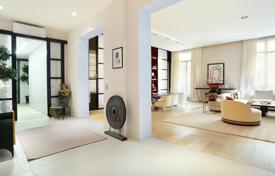 Luxury 3 bedroom apartments for sale in Ile-de-France. Paris 16th District – A superb apartment in a prime location