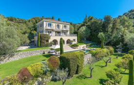 6 bedroom houses for sale in Cannes. Cannes — Majestic property