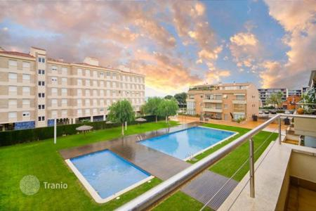 3 bedroom apartments for sale in Catalonia. Apartment – Sant Andreu de Llavaneres, Catalonia, Spain