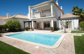 Apartments with pools for sale in Faro. Apartment – Faro (city), Faro, Portugal