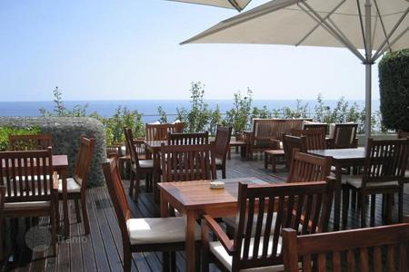 Offices for sale in Dubrovnik Neretva County. RESTAURANT *****