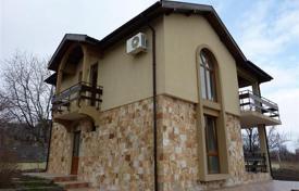 3 bedroom houses for sale in Burgas. Newly-built house in the village of Kamenar