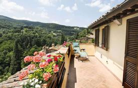 4 bedroom apartments for sale in Tuscany. Apartment – Cetona, Tuscany, Italy