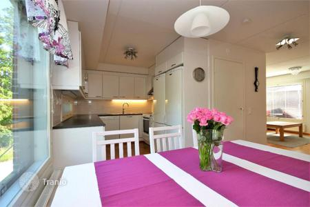 Townhouses for sale in Finland. Spacious town house with a terrace by the sea, Helsinki, Finland