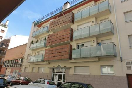 Bank repossessions residential in Costa Brava. Apartment - Figueres, Catalonia, Spain