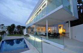 Luxury 5 bedroom houses for sale in Calvia. Frontline villa with spectacular sea views