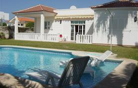 Houses with pools for sale in Callao Salvaje. Villa – Callao Salvaje, Canary Islands, Spain