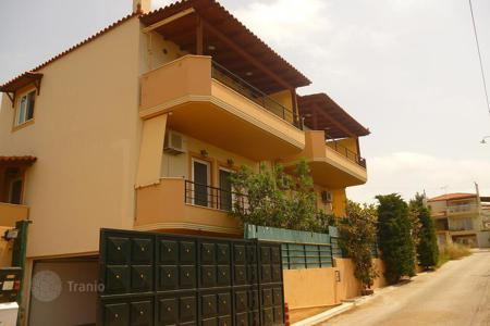 3 bedroom houses by the sea for sale in Attica. Two-storey house in the exclusive suburb of Athens