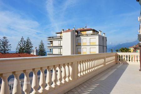 Luxury apartments for sale in Province of Imperia. Penthouse with a terrace, in an elegant period building, near the beach, Bordighera, Italy