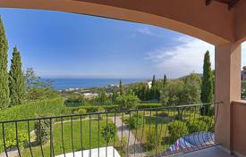 4 bedroom houses for sale in Sanremo. Part of the new villa duplex located on a hill with stunning views of the sea in the area of Solaro for sale