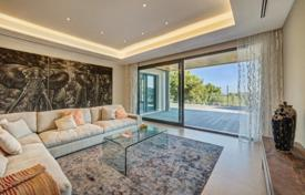 Luxury houses for sale overseas. Modern villa with a garden, a swimming pool, a parking and a separate guest apartment, Son Vida, Spain