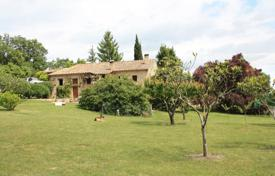 Residential for sale in Figueres. Historic estate with a picturesque garden and a lake, in a quiet area, Figueres, Spain