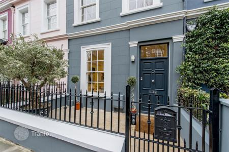 Houses for sale in London. Amazing house in the heart of Notting Hill