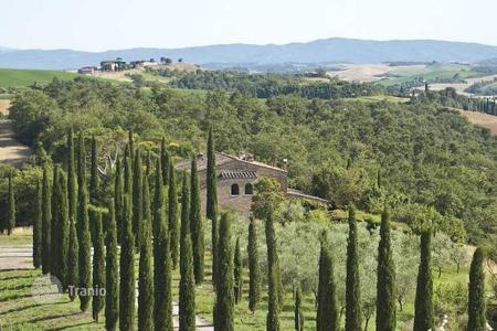 Residential for sale in Asciano. Villa – Asciano, Tuscany, Italy