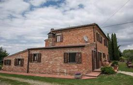 3 bedroom houses for sale in Siena. Two-storey villa with panoramic views of the hills in Torrita di Siena, Tuscany, Italy