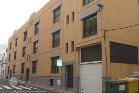 Bank repossessions apartments in Arucas. Apartment - Arucas, Canary Islands, Spain