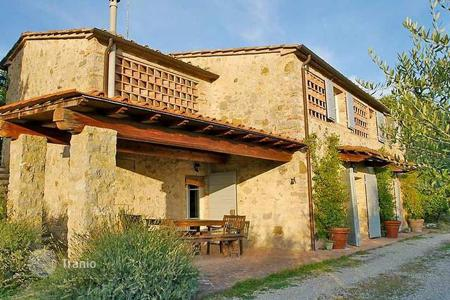 4 bedroom houses for sale in Castelnuovo Berardenga. Villa – Castelnuovo Berardenga, Tuscany, Italy