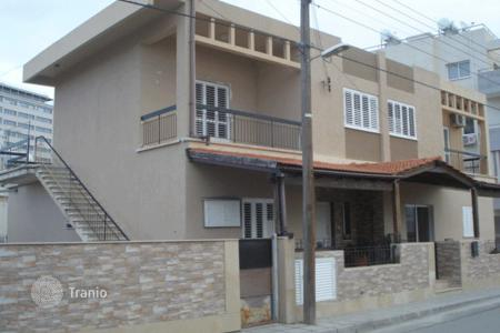 6 bedroom houses for sale in Larnaca. Six Bedroom House with One Bedroom Annex