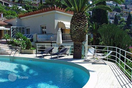 Villas and houses for rent with swimming pools in Sicily. Villa Parmina