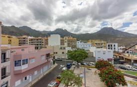 Duplex penthouse with a terrace and a garage, Costa Adeje, Spain for 169,000 €
