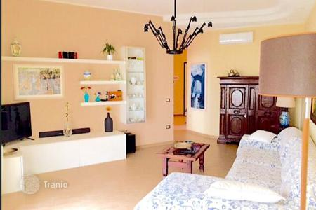 Coastal apartments for sale in Rimini. Comfortable renovated apartment in the historic center of the city, Rimini, Italy
