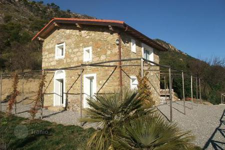 Residential for sale in Latte. Country seat – Latte, Liguria, Italy