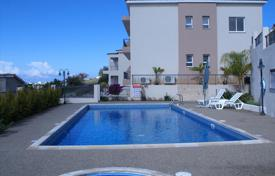 Apartments with pools for sale in Peyia. Apartment – Peyia, Paphos, Cyprus