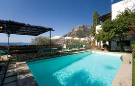 4 bedroom villas and houses by the sea to rent in Positano. Villa – Positano, Campania, Italy