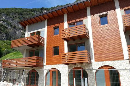Cheap apartments for sale in Trento. Apartment – Riva del Garda, Trento, Trentino — Alto Adige, Italy