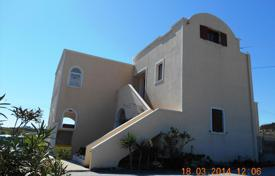 Coastal property for sale in Santorini. Apartment – Santorini, Aegean Isles, Greece