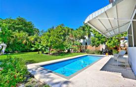Cozy villa with a backyard, a pool, a relaxation area, a garden and a parking, Miami, USA for $769,000