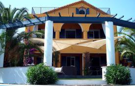 Residential to rent in Bandol. Villa – Bandol, Côte d'Azur (French Riviera), France