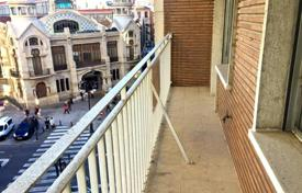 Seven-room apartment in the city center, Valencia, Spain for 260,000 €