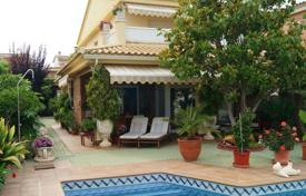 3 bedroom villas and houses by the sea to rent in Catalonia. Villa – Calafell, Catalonia, Spain