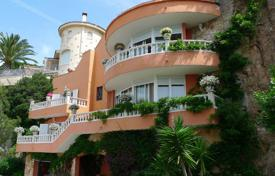 Luxury 4 bedroom houses for sale in Catalonia. Villa – Lloret de Mar, Catalonia, Spain