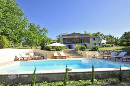 Villas and houses for rent with swimming pools in Tarn-et-Garonne. Maison Lotoise