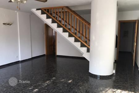 Property for sale in Pallejà. Spacious townhouse with terraces and an underground garage, Palleja, Barcelona, Spain