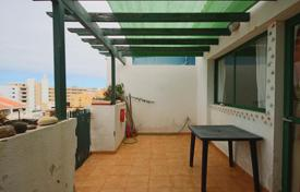 Cheap 3 bedroom apartments for sale in Canary Islands. Apartment – Callao Salvaje, Canary Islands, Spain